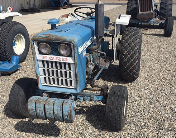 1973 Ford 1000 Diesel tractor