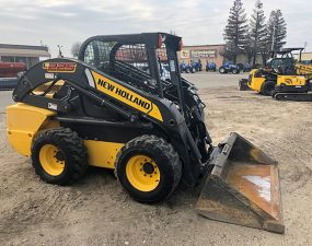 NH L225 Skid Steer Loader